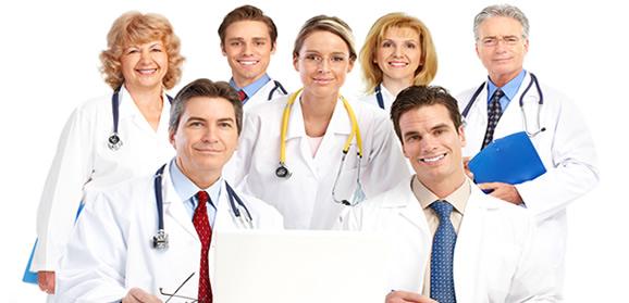 muchos médicos